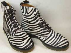 ドクターマーチン8ホール ブーツ1460ハラコ13866102アニマル柄