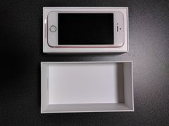 新品 未使用 iPhone SE 32GB ローズゴールド UQ SIMフリー