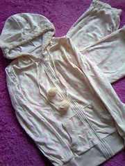 ラパフェポンポン&ボアハート柄lovelyフード付パジャマ未使用