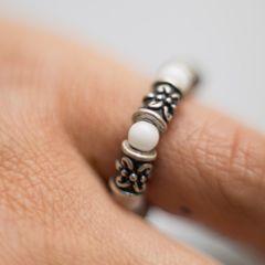 天然石 ホワイトオニキス x メタルクロス 指輪/リング