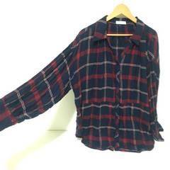 #赤×ネイビーチェックゆるシャツ