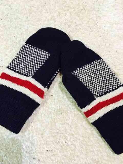 ☆新品☆星がらニット手袋(*^^*) < 女性ファッションの