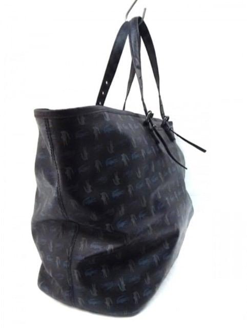 ラコステ Lacoste ボストンバッグ PVC(塩化ビニール) 黒×マルチ < ブランドの
