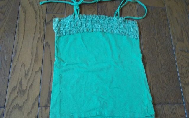 C.D.S BASIC グリーン 美品 Mサイズ  < 女性ファッションの