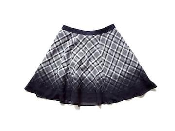 組曲 KUMIKYOKU チェック 黒 グレー フレア ミニ スカート 1