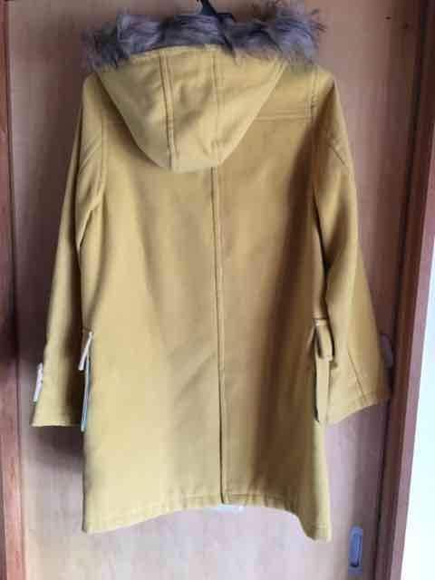 新品未使用 ダッフルコート マスタード色 イエロー 黄色 < 女性ファッションの