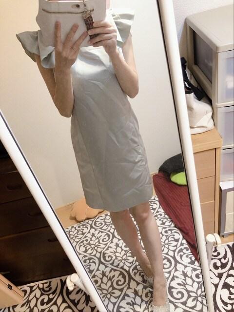 薄緑ツヤミニドレス < 女性ファッションの