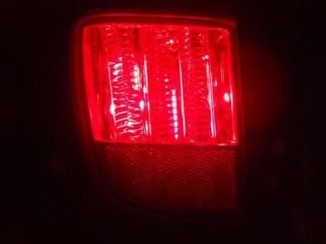 ランドクルーザー200系 LEDリアバンパーライト レッド