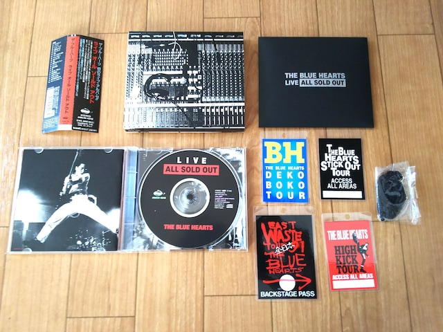 THE BLUE HEARTS  Live All Sold Out 初回限定盤 < タレントグッズの