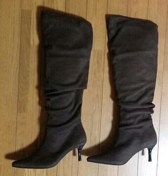 ☆新品未使用☆茶色のブーツ