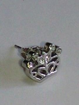 オリンピックキムヨナ着用デザイン王冠クラウンダイヤカットキラキラピアス片耳用