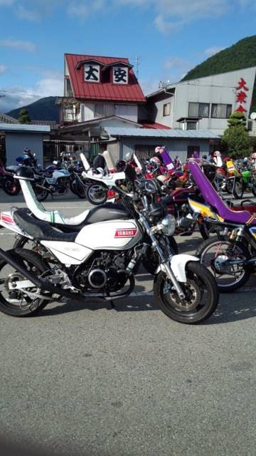 RZカチアゲマフラー < 自動車/バイク